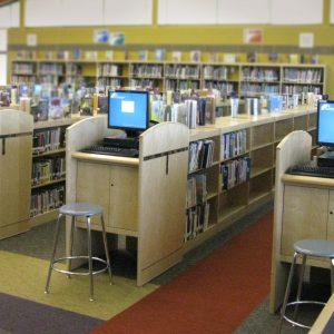 Oconomowoc-SL-Middle-School-Computer-stations